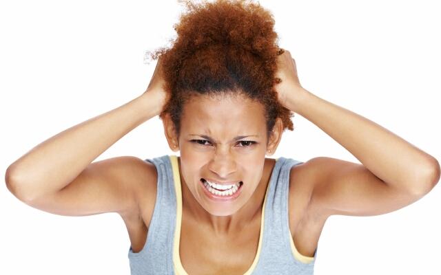 Основной симптом наличия вшей – зуд кожи головы