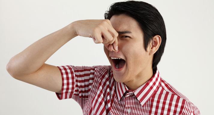 Резкий запах – один из недостатков применения «Никса»